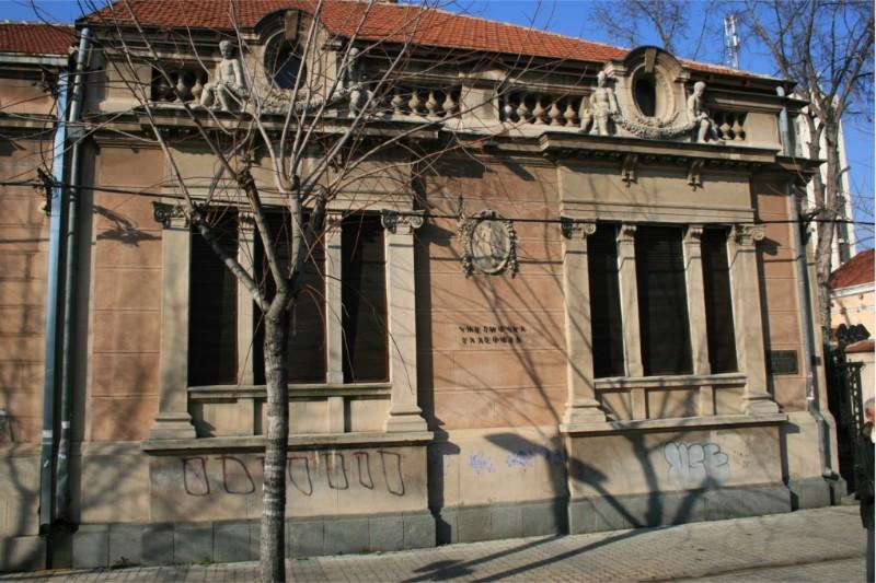 Zgrada-umetnicke-galerije-02