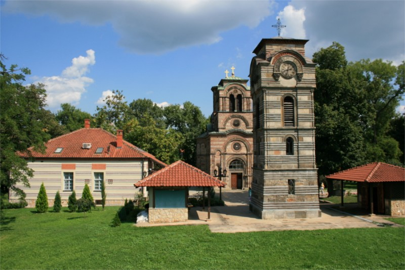 Crkva-Lazarica-zvonik