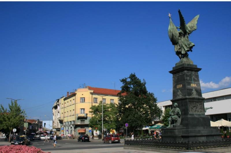 spomenik-kosovskim-junacima